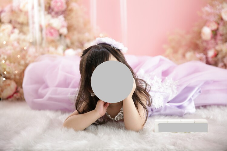 スタジオエミュで撮影したドレスの七五三写真